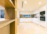 villa-cascatala-mallorca-kitchen