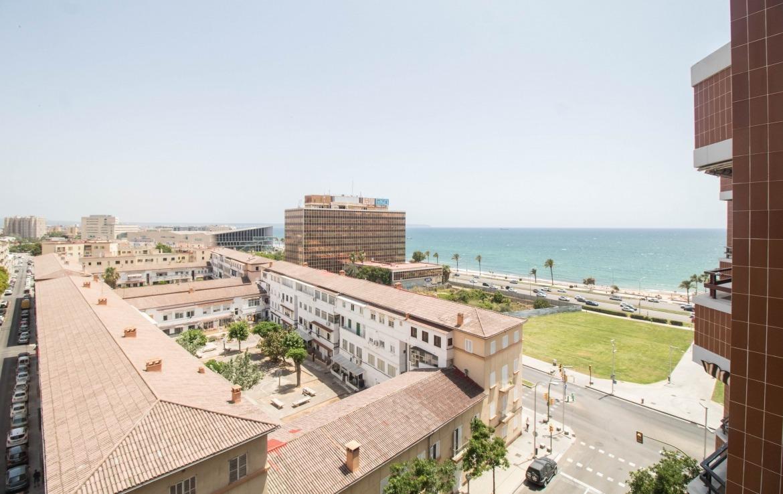 Terraza y vistas en Palma