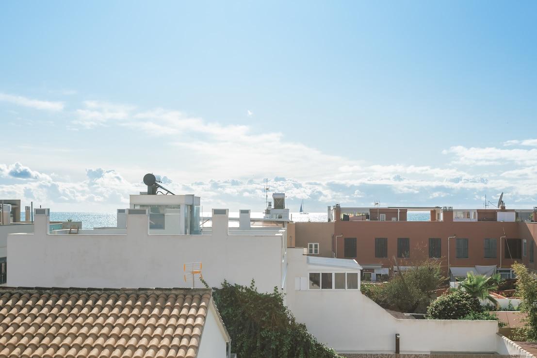 Terrazas y vistas al mar en Molinar