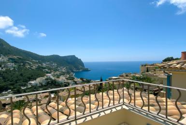 Beautiful sea view penthouse in Cala Llamp